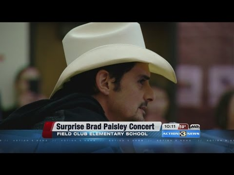 Country singer Brad Paisley makes surprise visit to Field Club Elementary School