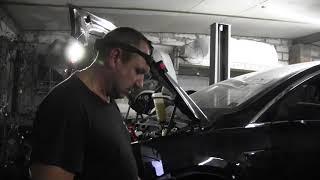 Как прокачать тормоза электрокара Tesla Model X.