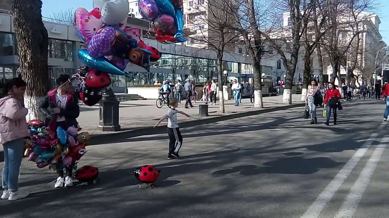8 Марта - в Краснодаре .. 2020 г. -- прогулка по ул ...