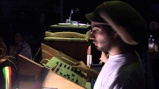 JAH STATION SOUNDSYSTEM - WARM UP ABA SHANTI-I - SONAR CLUB - COLLE VAL D