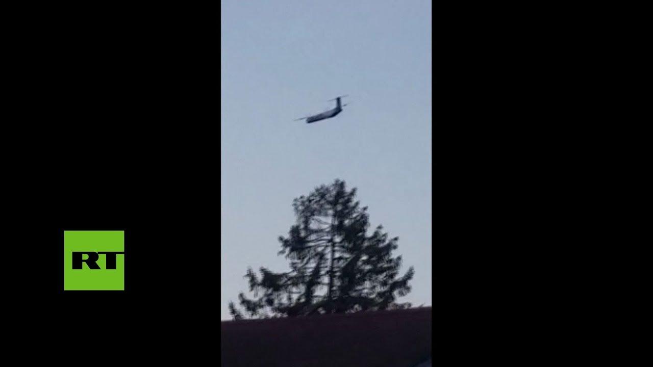 El avión robado del aeropuerto de EE.UU. hace maniobras antes de estrellarse