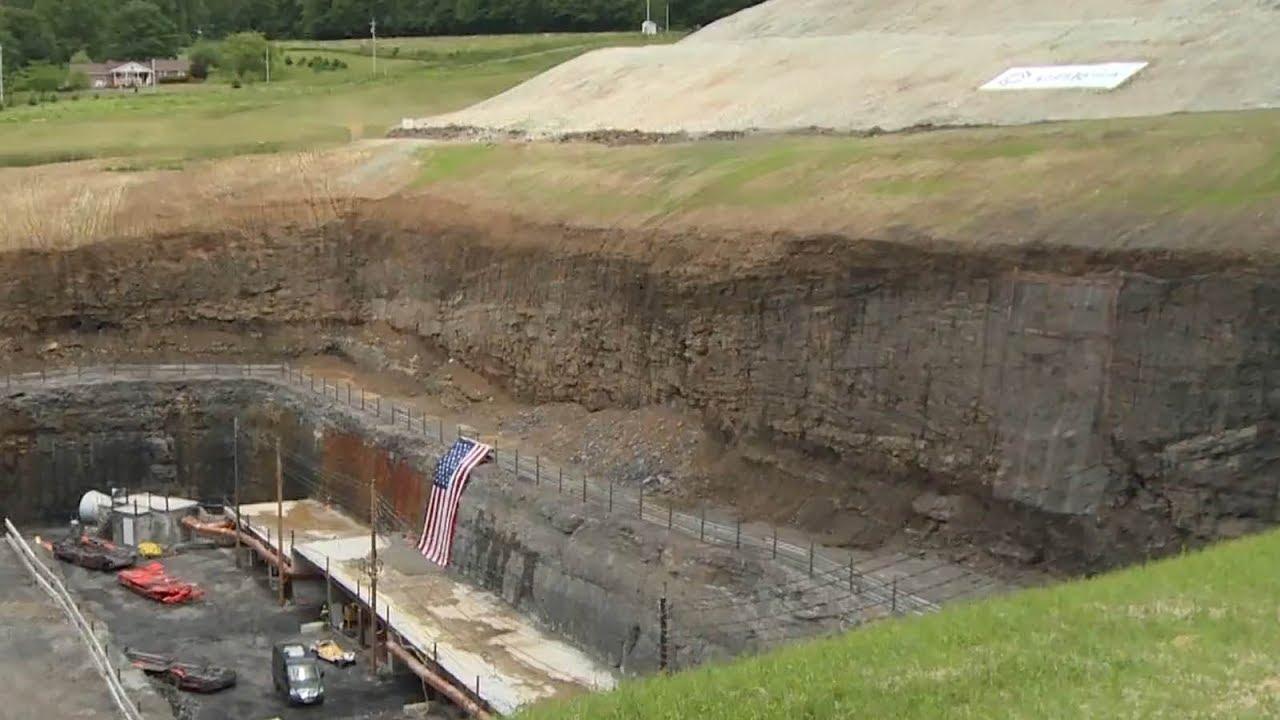 Trump era's first new coal mine opens in Pennsylvania - YouTube