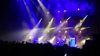 Pixies / In the Arms of Mrs. Mark of Cain  @ Forest National Bruxelles 16/10/2019