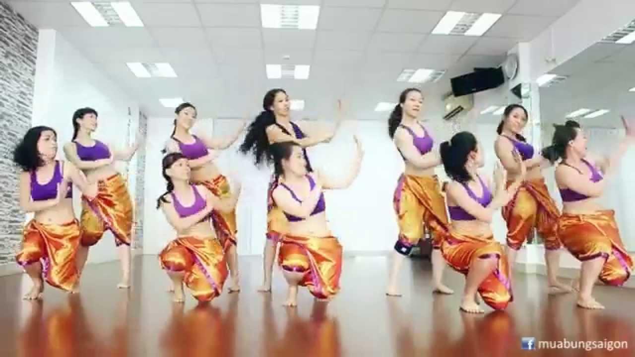 Học nhảy Bollywood (múa Ấn Độ) cùng Mr. Long tại SaigonBellydance