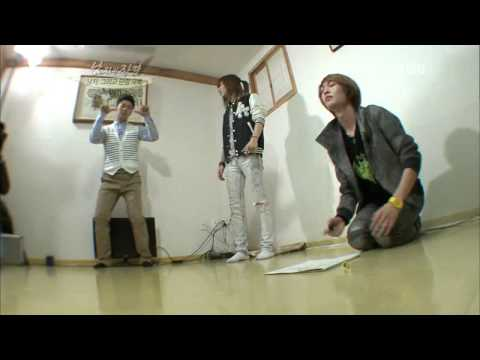 120422 Qualifications Of Men - Onew & Taemin Cut