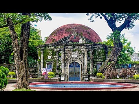 Your Manila tour guide takes you to Paco Park