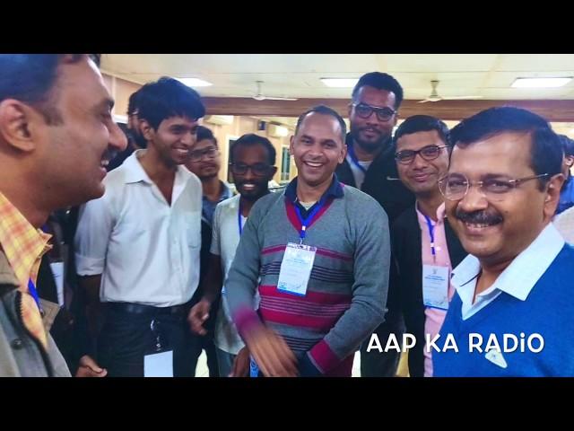 #Mufflerman to bridging communication gaps via social media: AAP Volunteer Nehal Vaidya (AKR Ep 28)
