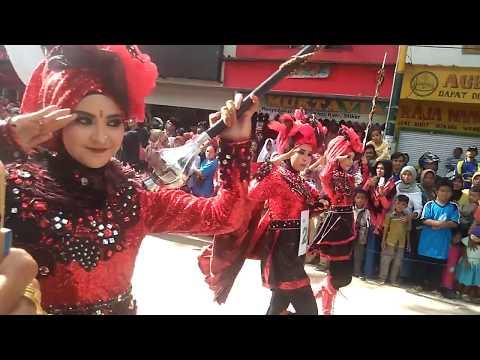 Marching Band SMAN 3 Pamekasan-Ranta Patria Malathe Pote (RPMP) 2016