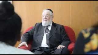 הרב ישראל לאו מספר על הנאומו הראשון, כילד בגיל 7 בזמן השואה בגרמניה