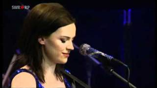 Amy MacDonald - Dancing In The Dark (Orchestral Version)