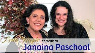 Janaina Paschoal : Com a palavra, a deputada mais votada do Brasil .