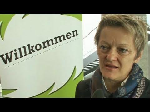 """""""Seehofer lügt"""" - Künast im Interview - SPIEGEL TV"""