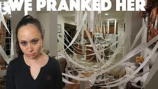 WE PRANKED OUR MOM!
