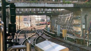 東京メトロ丸ノ内線02系と2000系のすれ違いシーン
