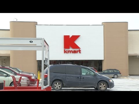 Retail Chains Close Struggling Stores