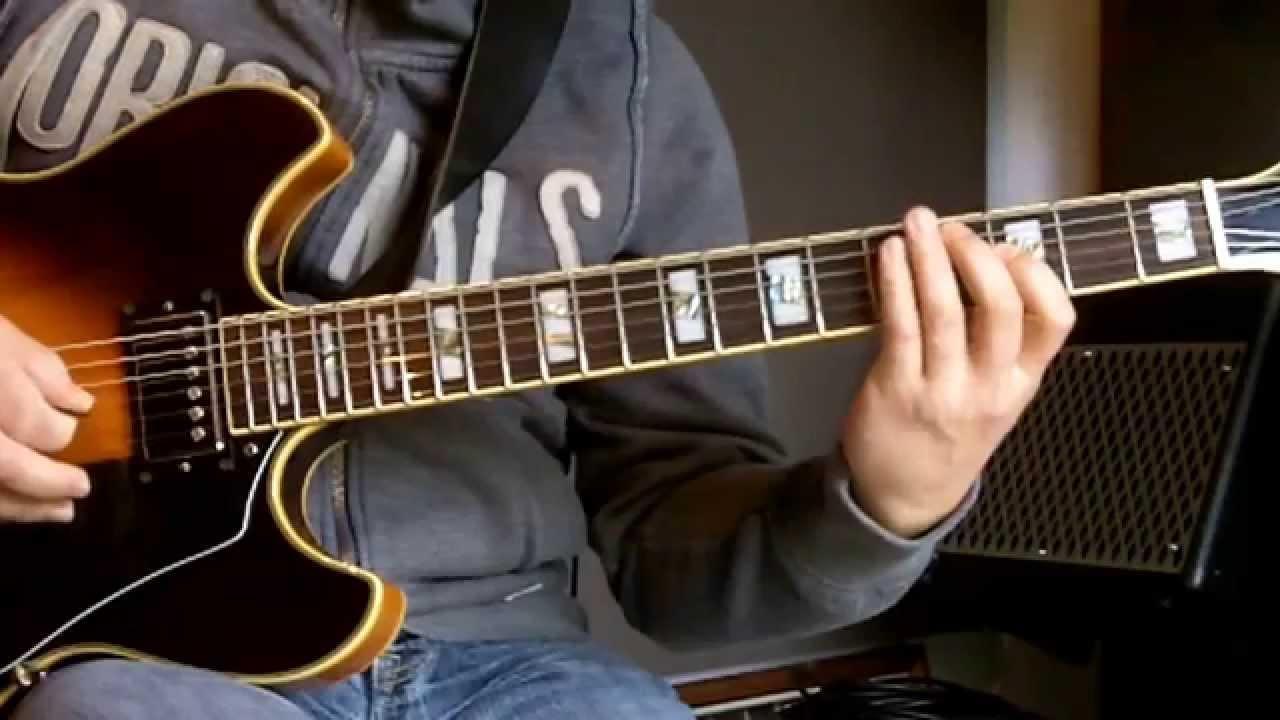 Jazz Guitar Lesson Lick In Eb I Vi Ii V7 Youtube