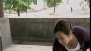 (お宝) [斉藤由貴] 胸チラ thumbnail