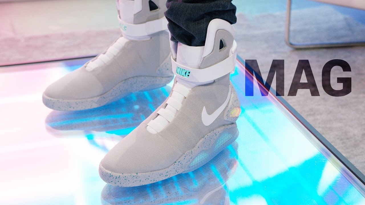 buy online 8f3d7 1691d Dope Tech Self-Lacing Nike Mag! - YouTube