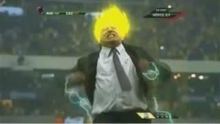 El Piojo Herrera se transforma en Super Sayayin