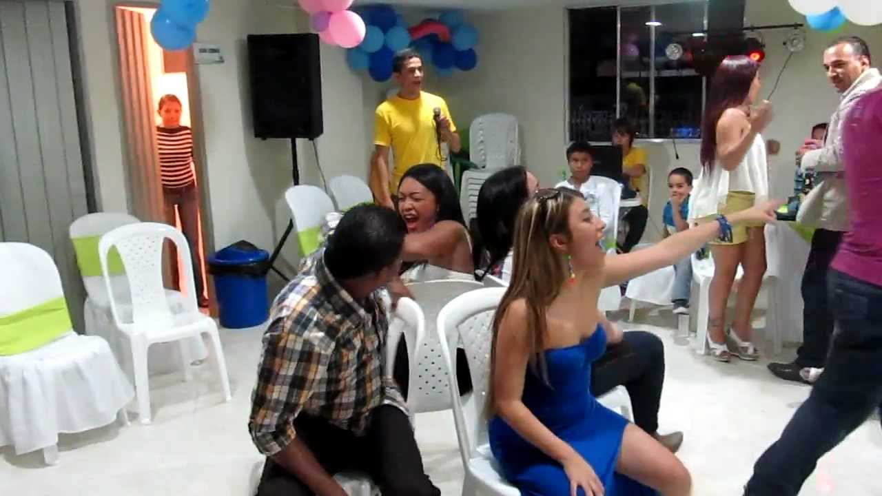 Dinamicas Para Adultos El Baile De Las Sillas Youtube