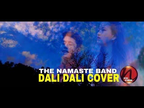 Dali dali cover by Namgyel Tamang & Apekshya Rai ||The Namaste Band||Original by Sadhana Saragam||