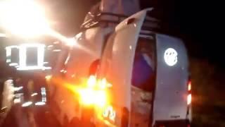 MIRA EL VIDEO DEL ACCIDENTE EN RUTA N8 DOS CABALLOS MUEREN UNA FAMILIA SE SALVA.