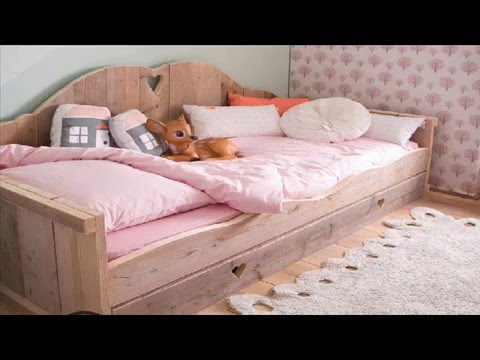 chambre a coucher pour fille youtube. Black Bedroom Furniture Sets. Home Design Ideas