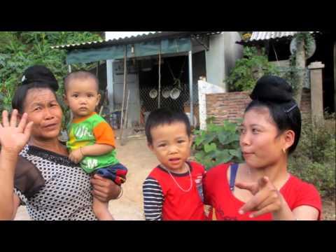 2015 11 Vietnam Laos
