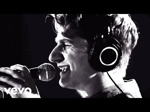 Glass Animals - Gooey (Live From Capitol Studios)