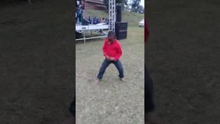 Boy Dancing To Gqom!!!