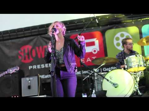 LA Music Blog & Eat|See|Hear - Hear: Isla June perform
