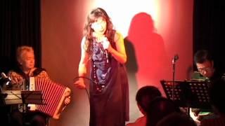 2011年1月から始まった東京の自由ヶ丘ラマンダで毎月開催されている、 シャンソネットライブ(銀巴里メモリアルアワー)の第9回目 [2011/9/16]