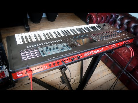 Roland Fantom 6 Synthesizer: Unboxing & Demo