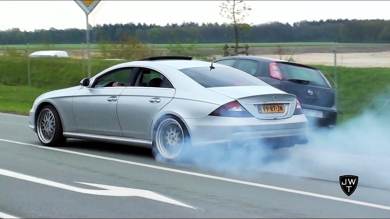 mercedes benz cls 55 amg burnout drag racing loud exhaust sounds youtube. Black Bedroom Furniture Sets. Home Design Ideas