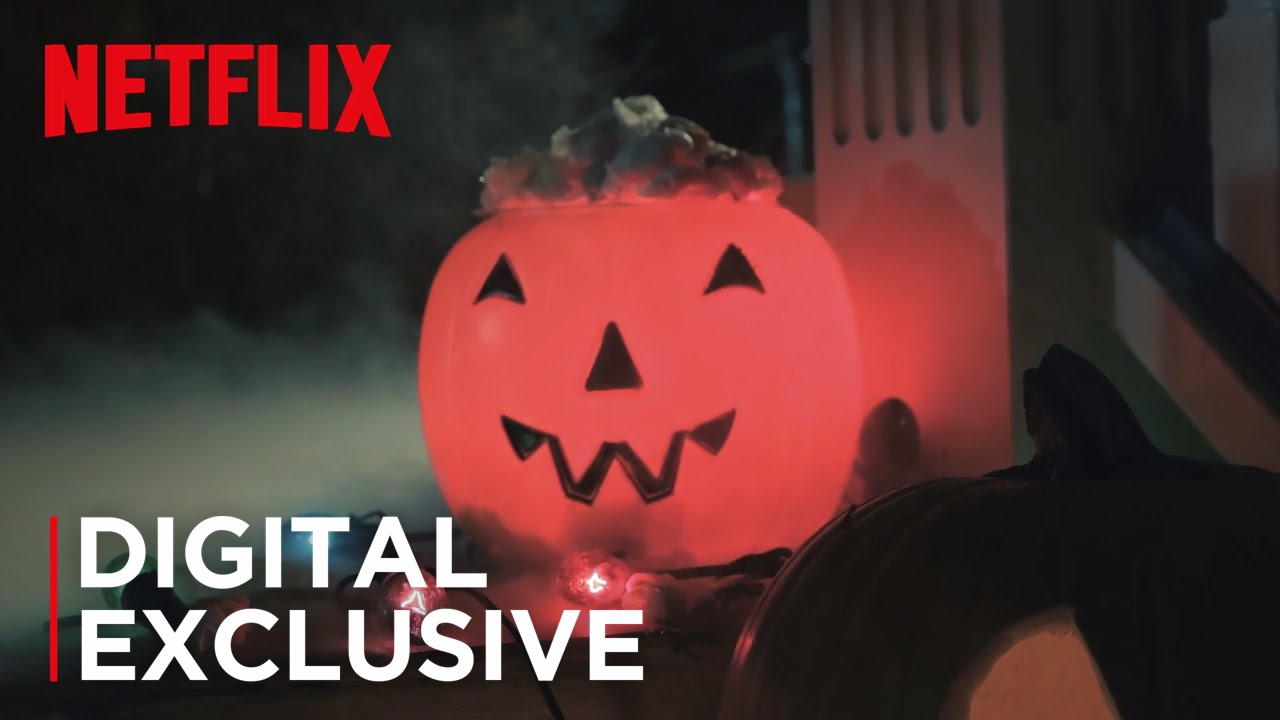 Netflix Halloween Doorbell | Netflix - YouTube