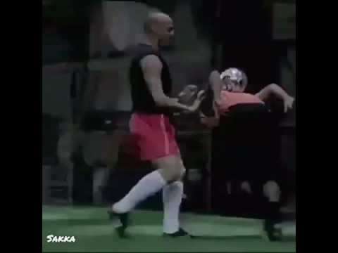 The Infamous Nike Cage Commercial - Onze Archives