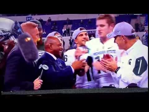 Michigan St. QB Connor Cook Straight Up Disrespects Archie Griffin, Snatches Trophy Out Of His Hand