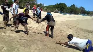 game pantai D2,kampung inggris INTERPEACE pare kediri