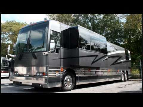 Star Coaches, Inc.  -  Entertainer Sleeper Coaches
