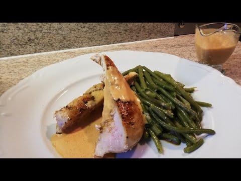 recette-escalope-de-poulet-et-sauce-tomate-crémeuse-à-l'ail