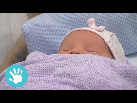 Hemorrhaging When Giving Birth | One Born Every Minute