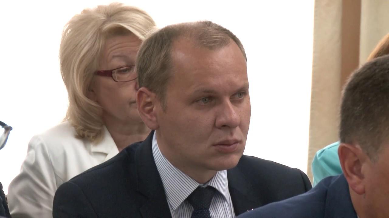 Аман Тулеев провел первое рабочее совещание после операции