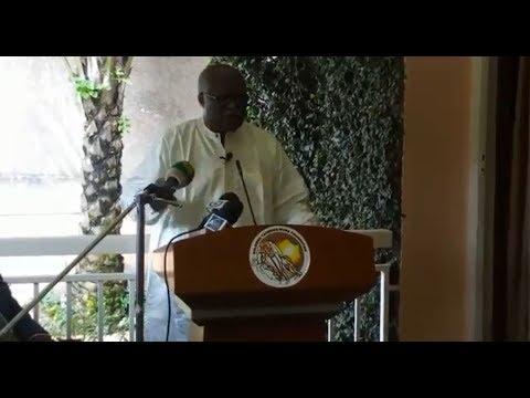 Akere Muna en Conférence de presse