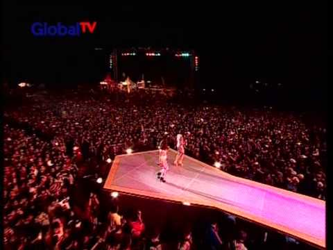 T2 Live At Konser Seru (18-11-2012) Courtesy GLOBAL TV