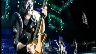 KISS Symphony: Alive IV (4) - Act One: Deuce - Strutter - Let Me Go, Rock n