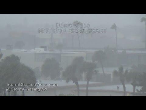 Hurricane Matthew starts to move into Cocoa Beach FL - 10/6/2016