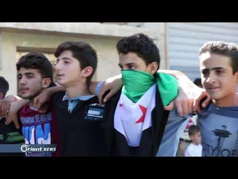 أهالي سرمدا شمال إدلب يتظاهرون تحت شعار -هيئة التفاوض لا تمثلنا-