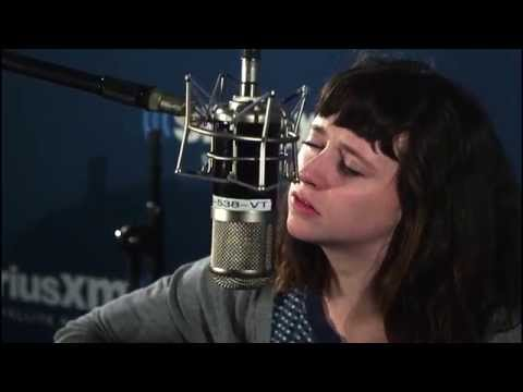 """Waxahatchee """"La Loose"""" Live @ SiriusXM // SiriusXMU"""
