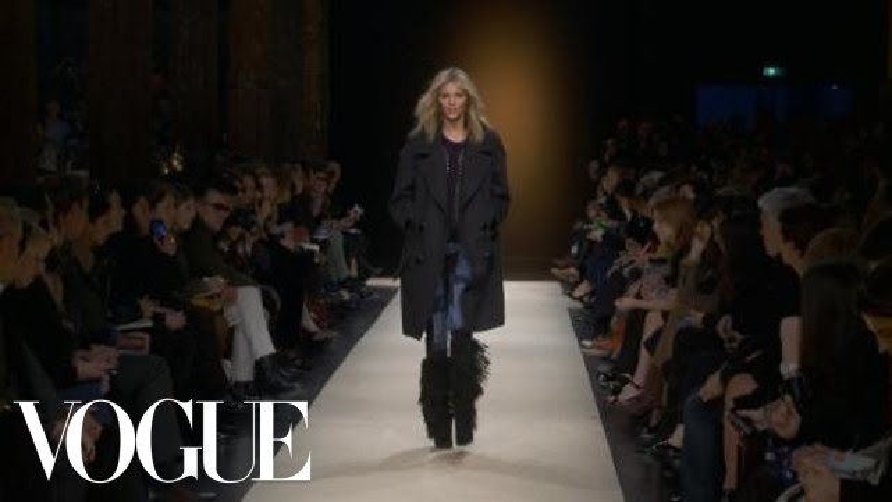 7cdaa649294 Fashion Show - Isabel Marant: Fall 2011 Ready-to-Wear - YouTube