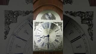 Kieninger. Напольные механические часы с четвертным боем. Германия.